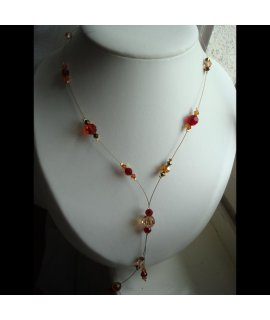 Collier-cravate pierres rouges
